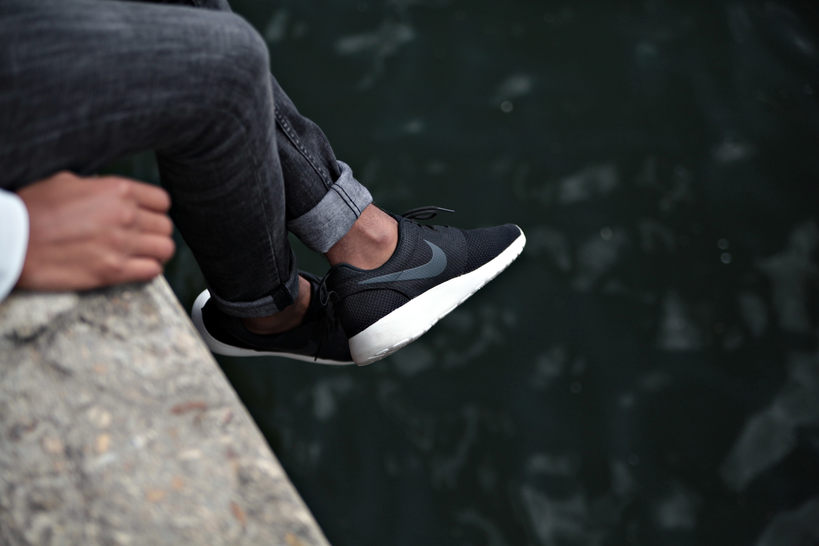 outlet store 913f7 3f521 chaussure nike roshe run homme