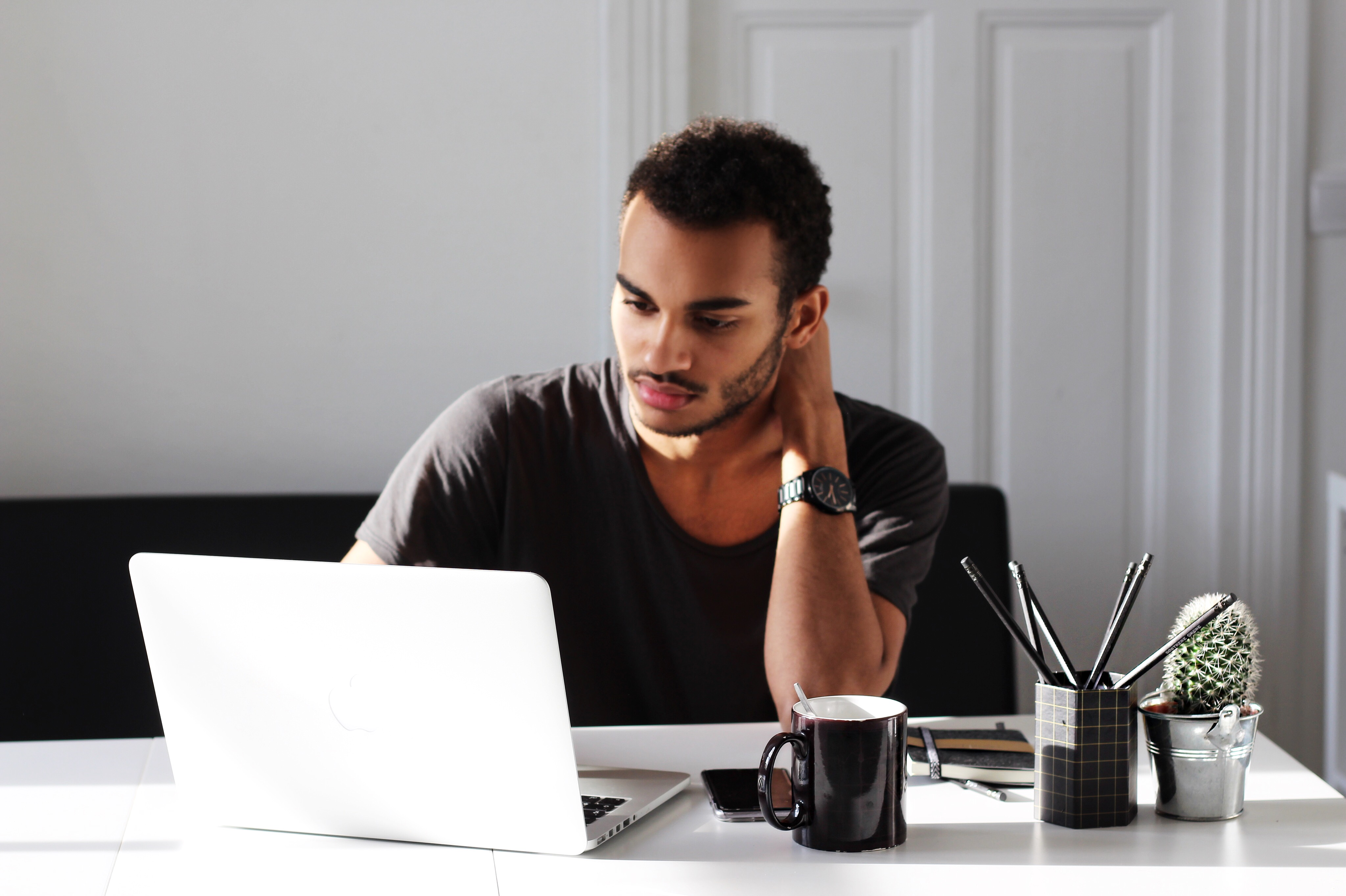 mrfoures-comfy-cosy-look-man-blogger-influencer-blog-mode-homme-blogueur-homme-organisation-travail-comment-être-organisé