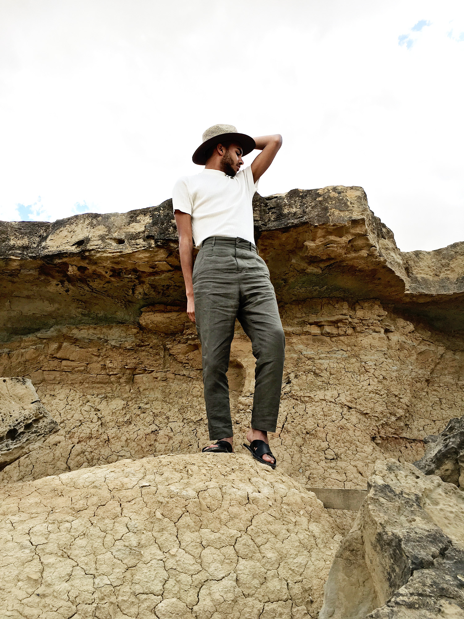 blogueur-homme-mode-menswear-digital-influencer-tudela-bardenas-reales-roadtrip-desert-ootd